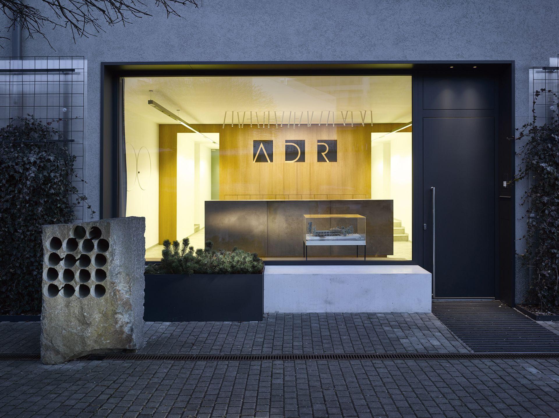 Comptoir d'accueil, studio d'architecture ADR