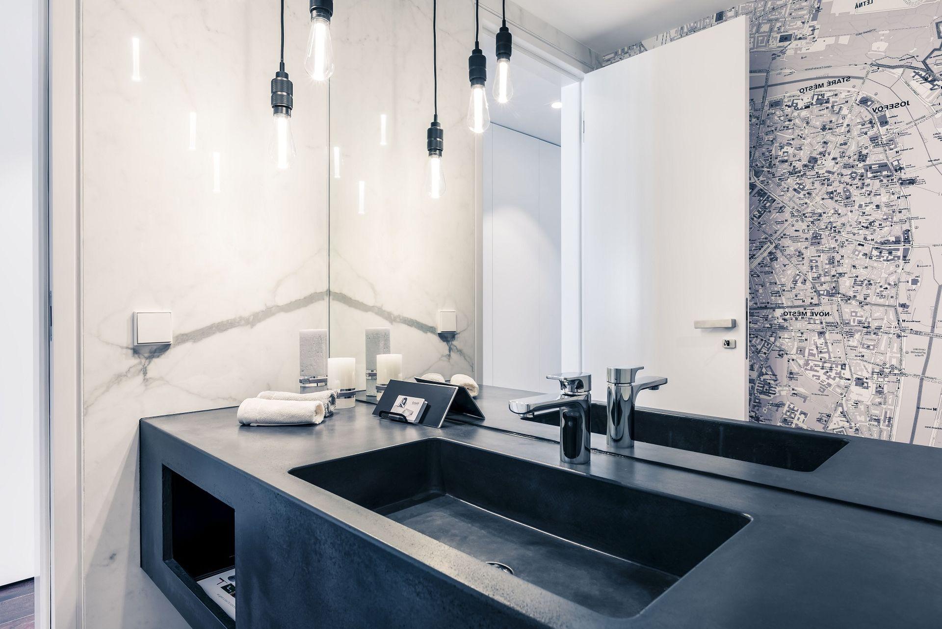 Koupelna vzorového loftu v Sacre Courte 2, SATPO